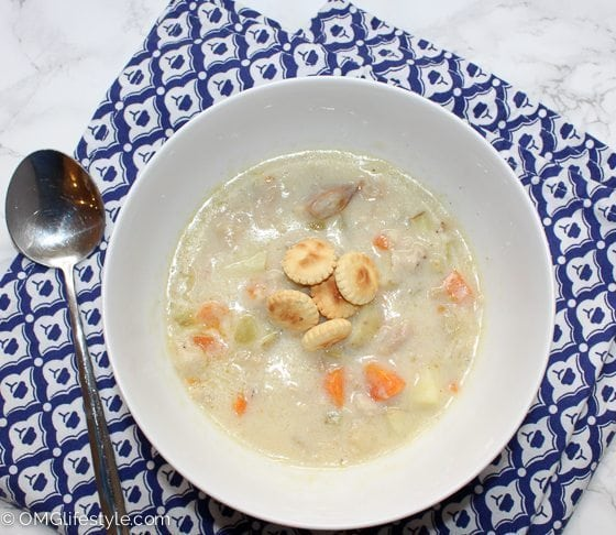 Boston Clam Chowder with Oyster Crackers