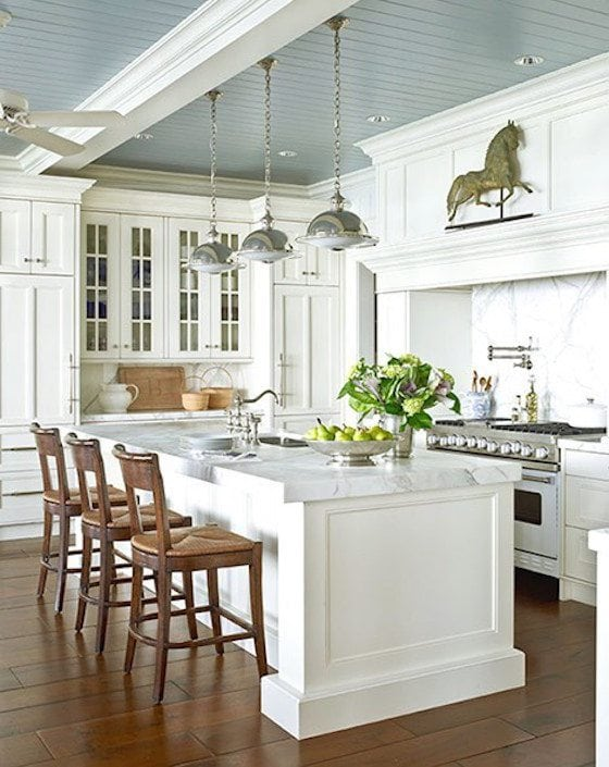 Kitchen with blue painted ceiling