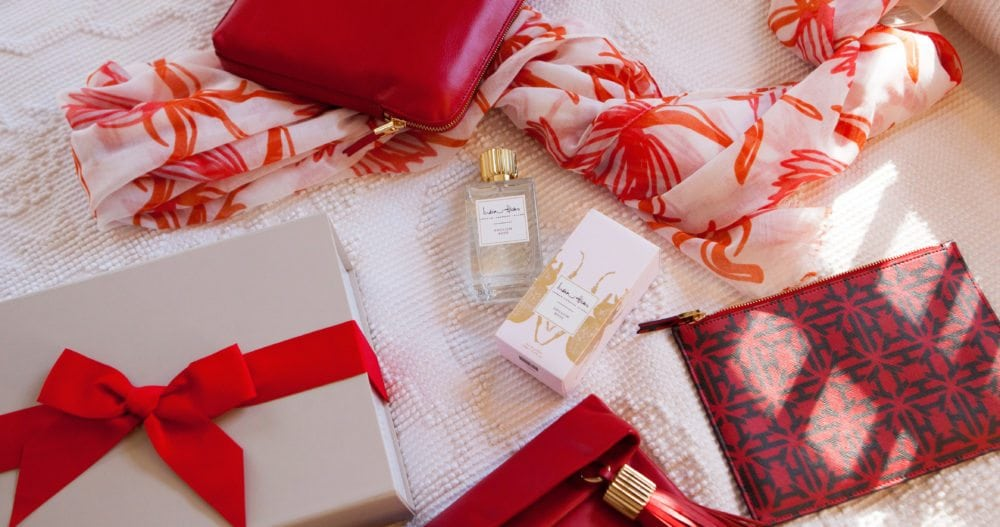 Serious Affair Gift Box: Insider in red, Crown Imperial Scarf, Flat Stanley pouch, Carmen Clutch and Eau de Parfum