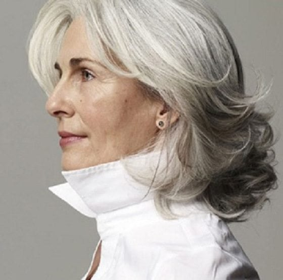 curly-hairstyle-for-gray-hair