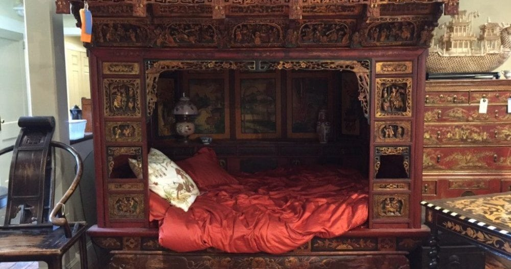 Chinese Bed Chamber