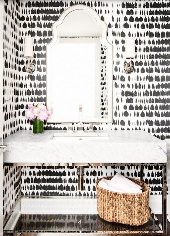 Bold black and white wallpaper