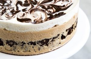 COFFEE ICE CREAM CAKE